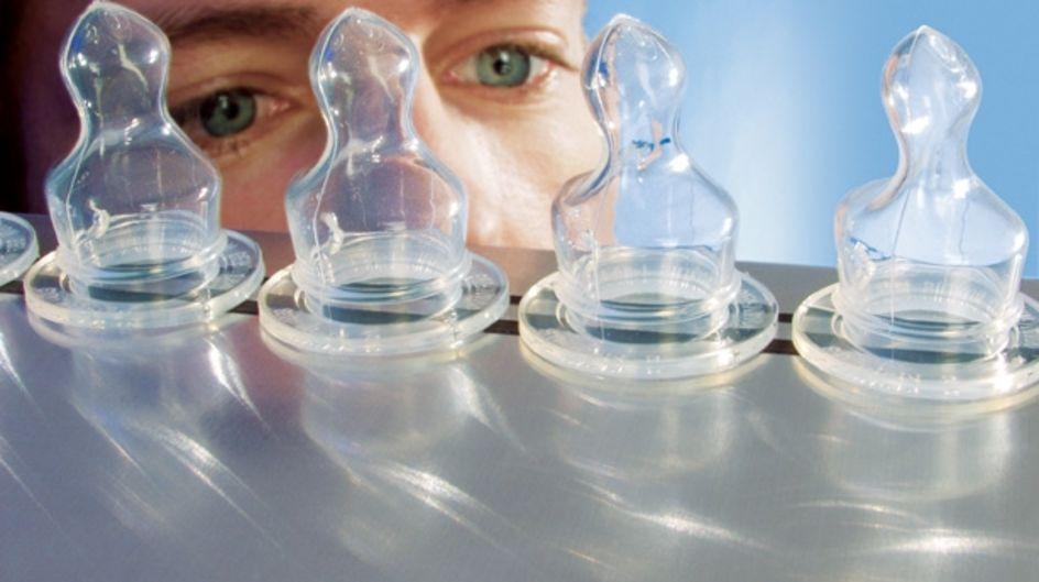 A sílica pirogênica AEROSIL® confere transparência e, ao mesmo tempo, estabilidade mecânica.